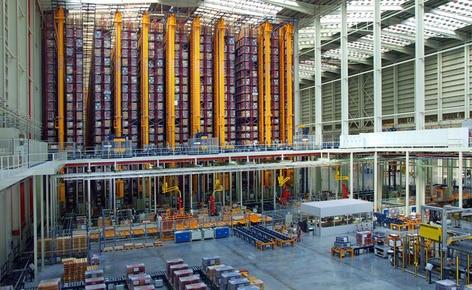 Mecalux completa el proceso de automatización de los almacenes de Porcelanosa Grupo en Castellón