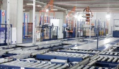 Mecalux implanta un almacén automático, centralizando las operaciones logísticas