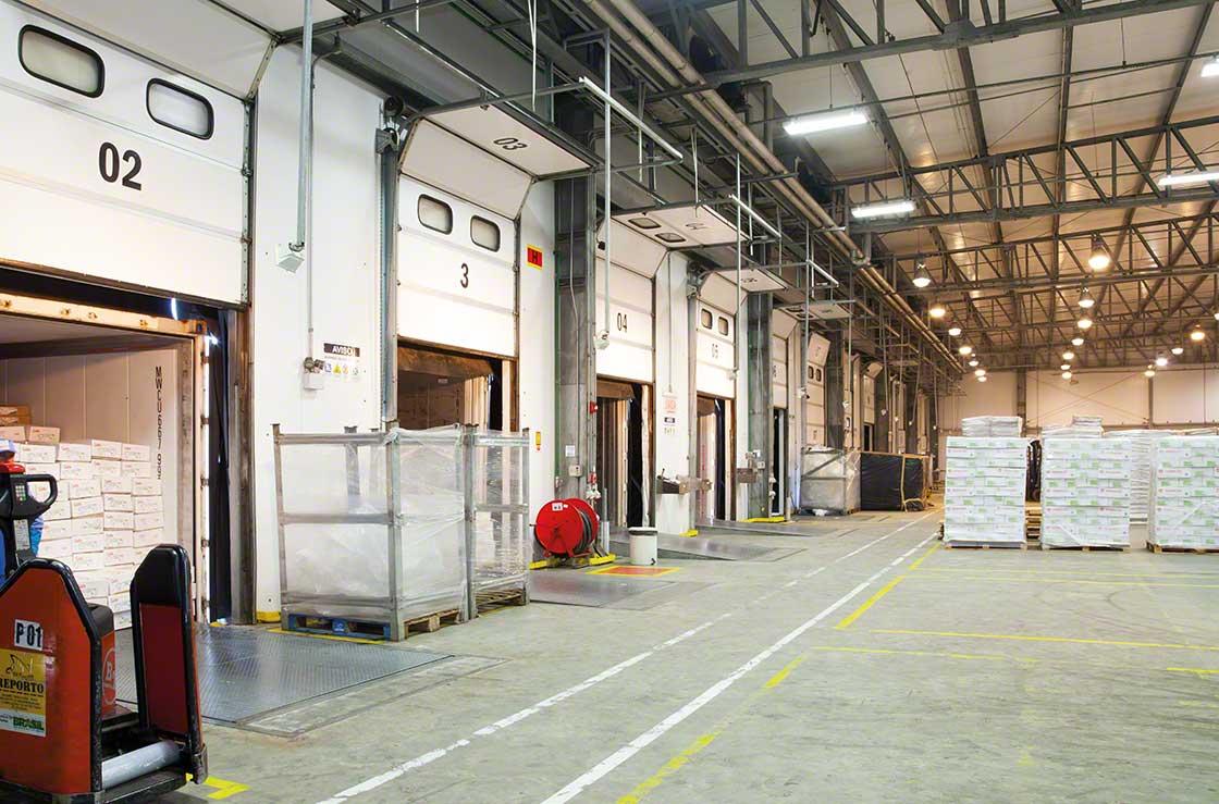 El transporte es uno de los servicios que más habitualmente gestionan  los operadores logísticos